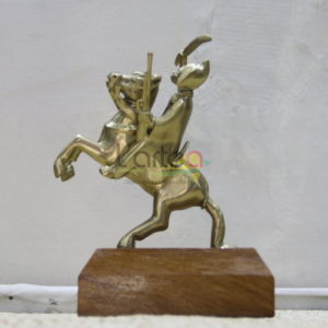 statue en bronze lat dior